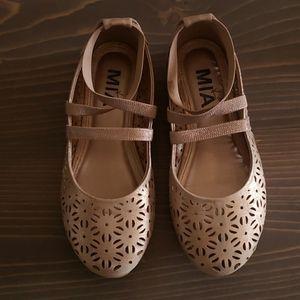 Kid's Mia Shoes